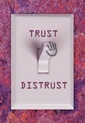 distrust03